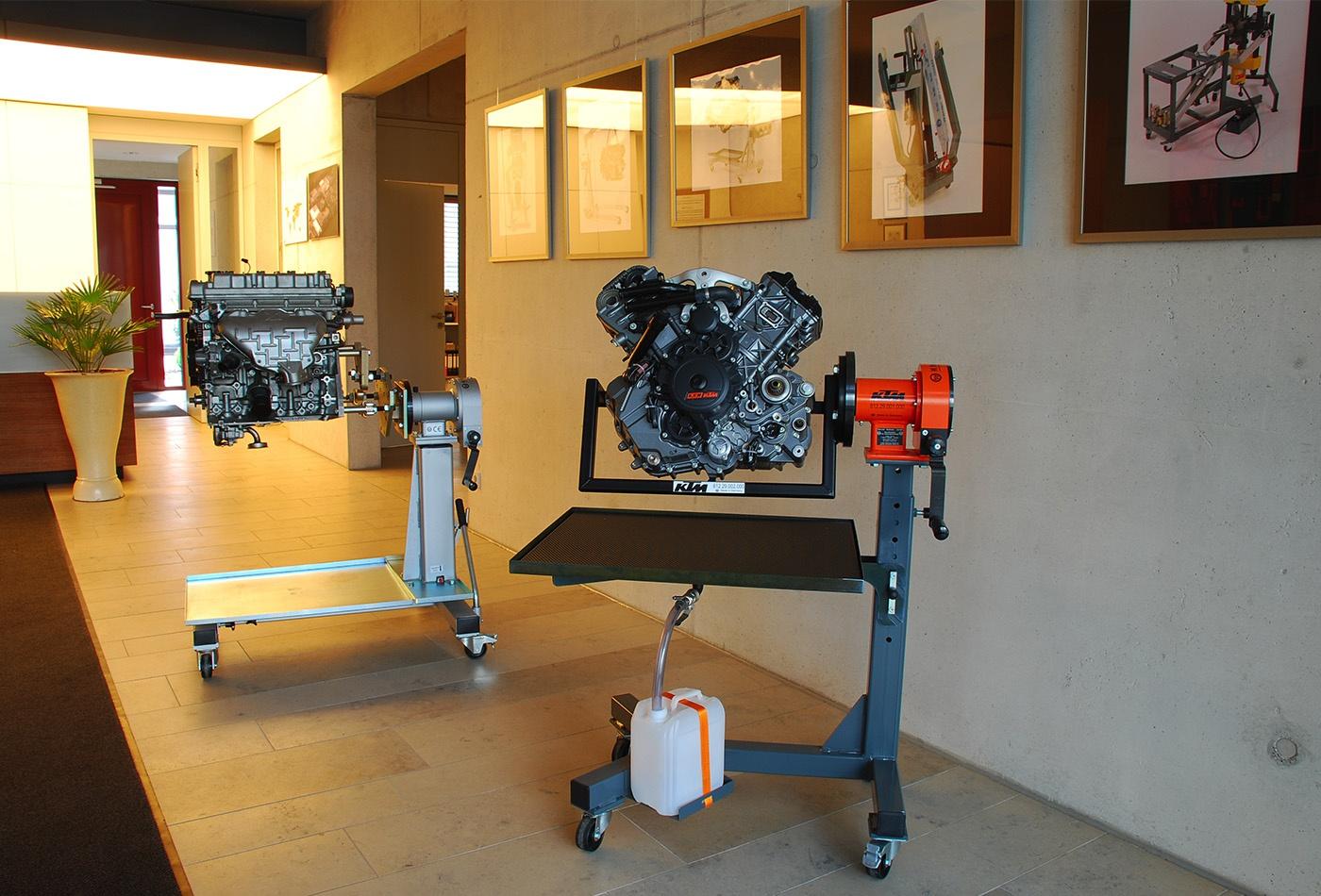 Weitner Motorsiklet Mopet Motor Toplama Tezgahı [150 Kg]